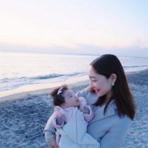 家族で海へドライブ。娘の海デビューでした!