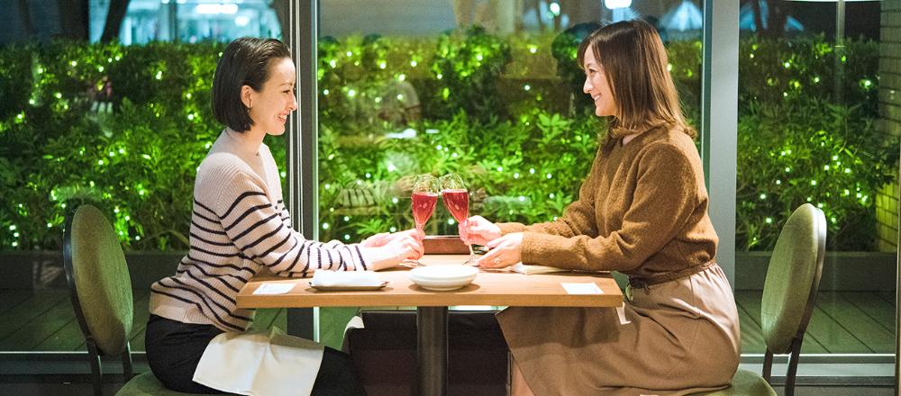 憧れのホテルディナーをカジュアルに!ニューオープンのブラッスリー〈Vicky's〉のおすすめコースを体験。