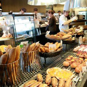〈Moulins et Cafe gout〉/大阪