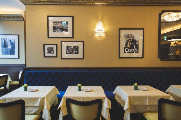〈Café Cova Milano GINZA SIX店(カフェ コヴァ ミラノ)〉銀座