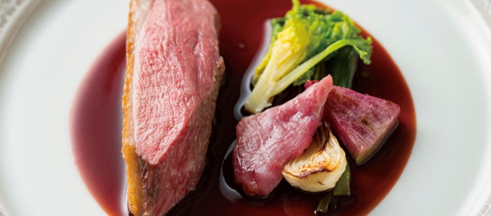 グランメゾン総料理長を務めたシェフの新店〈Restaurant L'AFFINAGE〉へ。銀座でしか味わえない至福のランチタイムを。