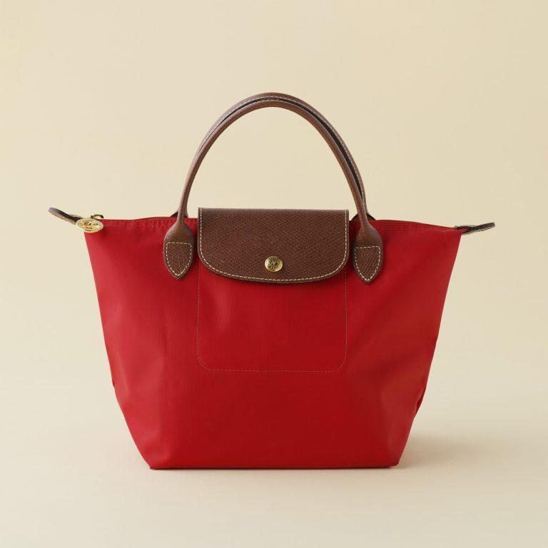 〈ロンシャン〉のバッグ