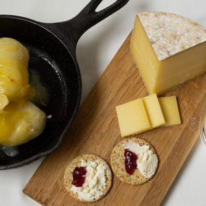 千葉県いすみ市〈チーズ工房IKAGAWA〉が作る自然派チーズ。ジャージーミルク100%の濃厚チーズをお取り寄せ!