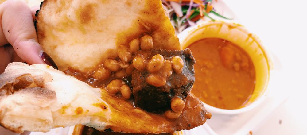 インドカレーに納豆をカスタム!新御徒町〈アジアンレストラン ニューサラティー〉のデリバリーカレーを堪能。