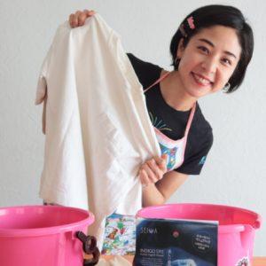 おうち時間にTシャツ藍染に挑戦!美容コラムニスト・福本敦子がレポート。
