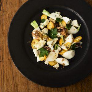 料理家さんたちが提案!ご当地おみやげのアレンジレシピ 「かぶと金柑、つやこブルーのマリネ」
