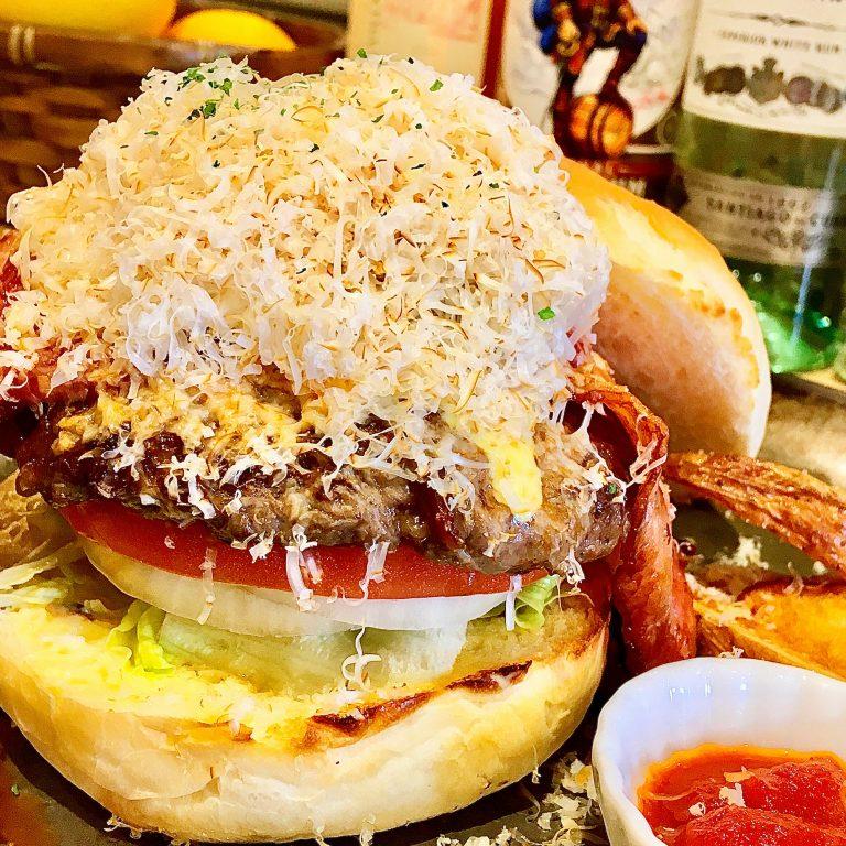 「ベーコンスモークチーズバーガー」1,280円。