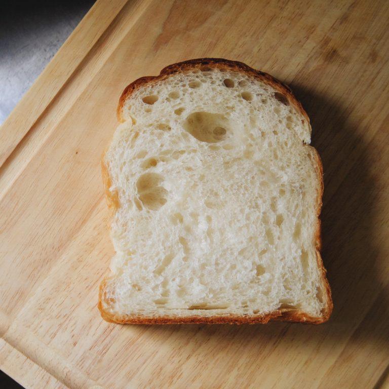 KANEL BREAD