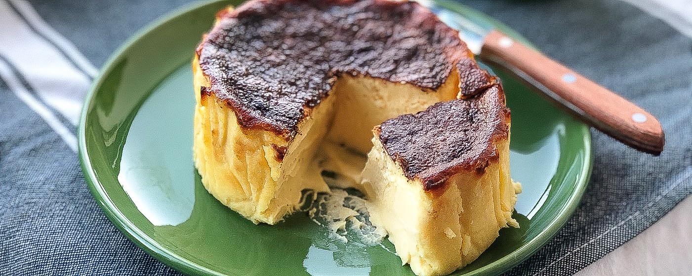 「バスクチーズケーキ」未体験なら、仙台〈カズノリイケダ〉のお取り寄せがおすすめです。