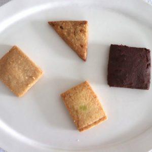 お次はこちらを。どれも本当にサクッと口解けがよく、抜群に美味しい!  中でも「チョコレートクッキー」は、クッキーというよりガトーショコラを食べているかのような、ほろっとくずれる生地の食感が印象的。 同じクッキーでもここまで食感のバリエーションを引き出せるのには驚きです。