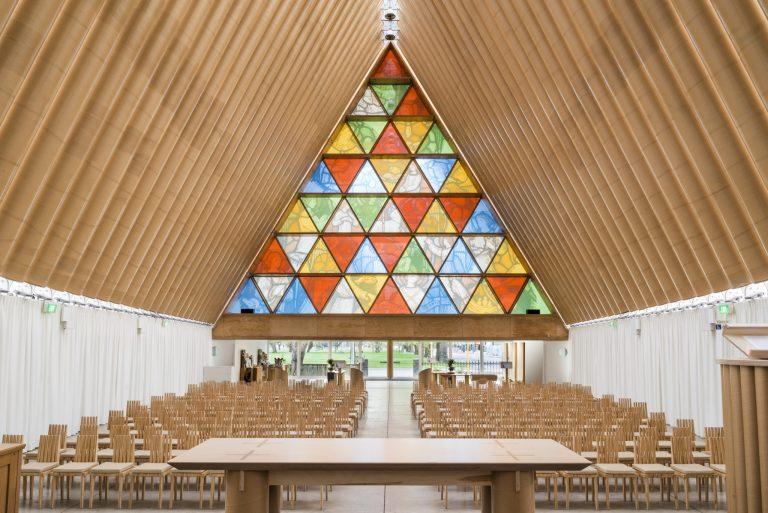 紙の大聖堂 ©Stephen Goodenough