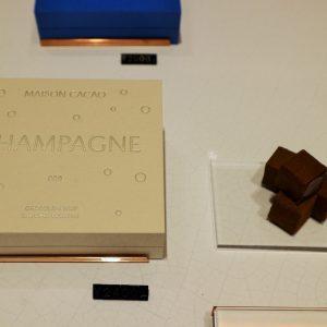 「アロマ生チョコレート シャンパン」 2,400円。