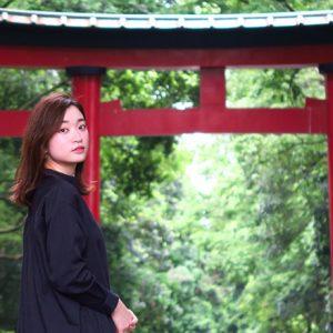 「凛とした佇まいで鳥居をくぐろう」/MARIKOの、神社 de デトックス!