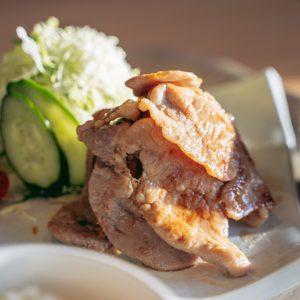 名物「レンブラン豚富士盛り定食」。