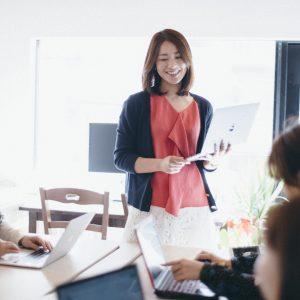 【〈プラスカラー〉代表取締役】佐久間映里さんのストーリー/「今の自分よりも35歳の自分へと目標を定めた、29歳の春。」