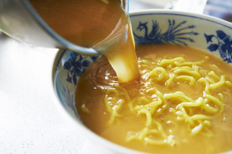 【POINT】麺がちら見えするくらいが BEST!