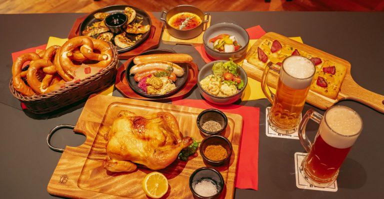 シュマッツ自慢のパリッジュワ〜なスモークソーセージに、餃子風にアレンジしたドイツの伝統料理「マウルタッシェン」など、ビールに負けない主役級のラインナップがずらり。