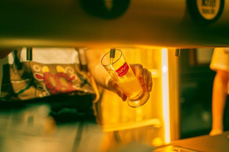 日比谷グルメゾンオリジナルのビールも。