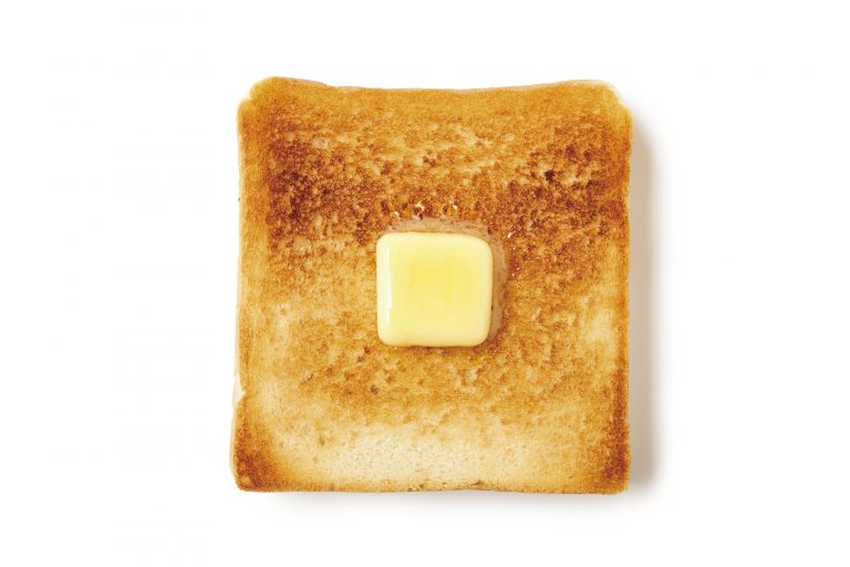 耳までサクッとほろり。厚切りトーストがおすすめ〈利〉の「プレミアム利」