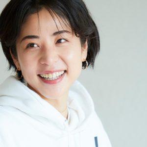 美容コラムニスト・福本敦子さんに密着!「自分らしい言葉で、美容を発信したい。」