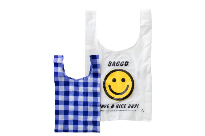 〈バグゥ スタンダード〉の「折り畳みバッグ」