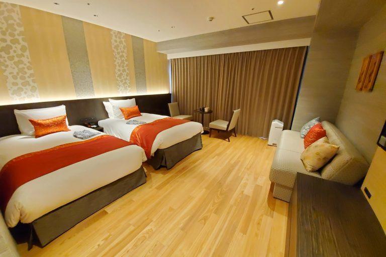 プレミアムデラックスツインは最大4名様まで宿泊可能。家族や友人グループでの京都旅行に最適です。