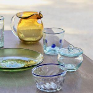 ワークショップ体験も。【沖縄】琉球ガラスを作り続ける、那覇市〈奥原硝子製造所〉へ。