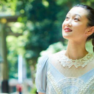 モデル・本山順子さんに密着!「神聖な場所を訪れると、自然と気持ちが前向きに。」