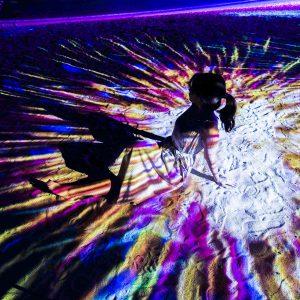 シンガポール・セントーサ島にできた癒し系アート「Magical Shores」へ。光と音のシャワーでリラックス!