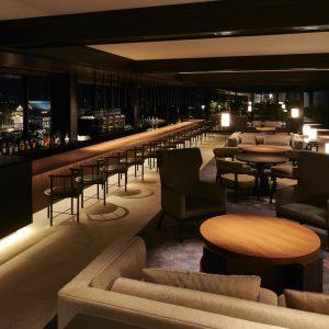 8階 Lobby Lounge & Bar。