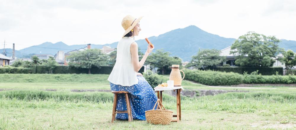 <span>カフェを求めて、東京から世界まで。</span> 【京都】鴨川でピクニック体験も楽しめる!カフェ〈WIFE&HUSBAND〉へ。/Alice in Cafeland