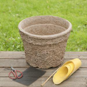 鉢、園芸用ハサミ、鉢底ネット、割り箸、スコップ