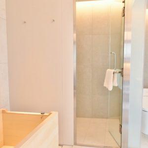 プレミアダブルベッドルームのバスルーム。