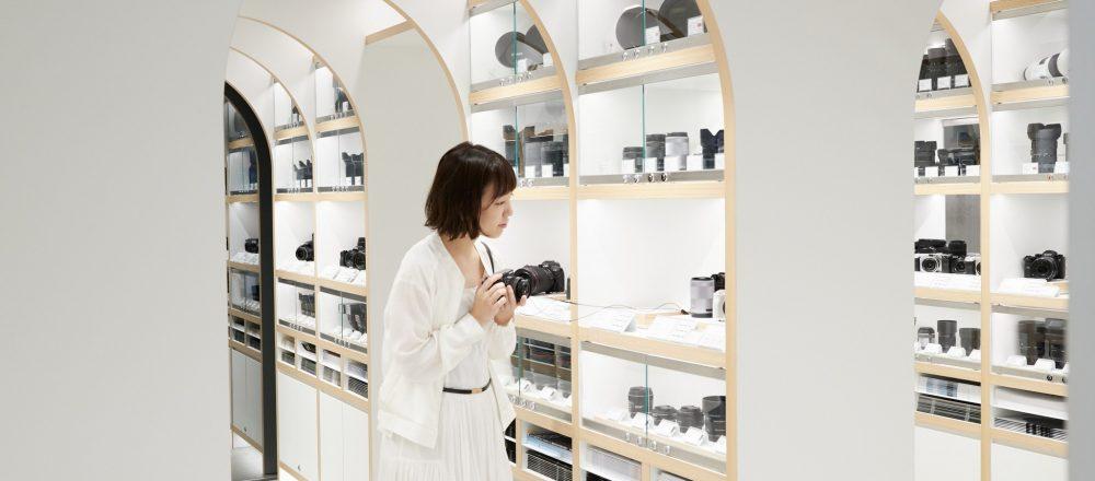 "<span>【ハナコラボJOURNAL】</span> ""カメラの聖地""が新宿に誕生!初心者からプロまで注目する〈新宿 北村写真機店〉へ。"