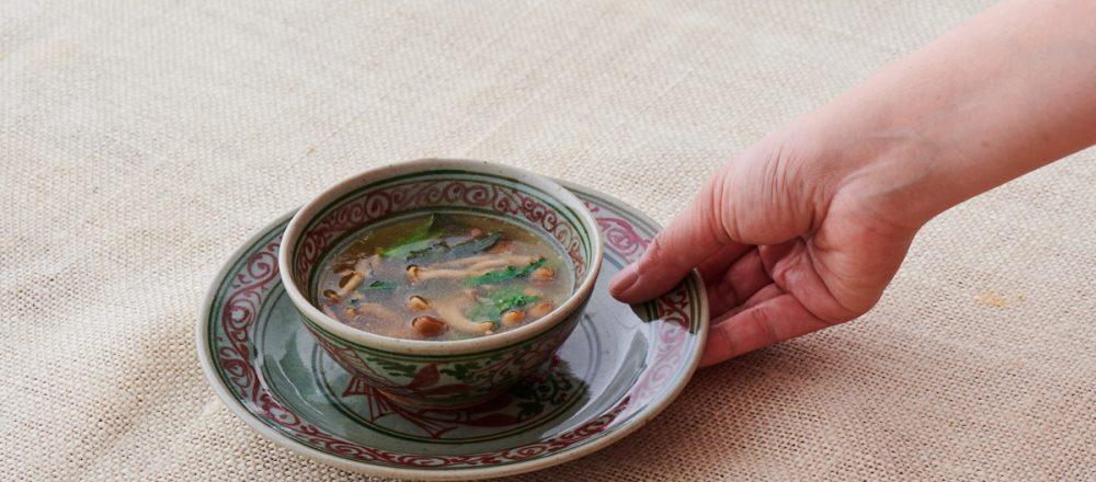 料理家さんたちが提案!ご当地おみやげのアレンジレシピ「なめことこんか漬けのスパイシースープ」