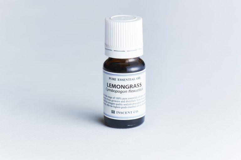 レモングラスオイル 0.1ml(5滴程度)