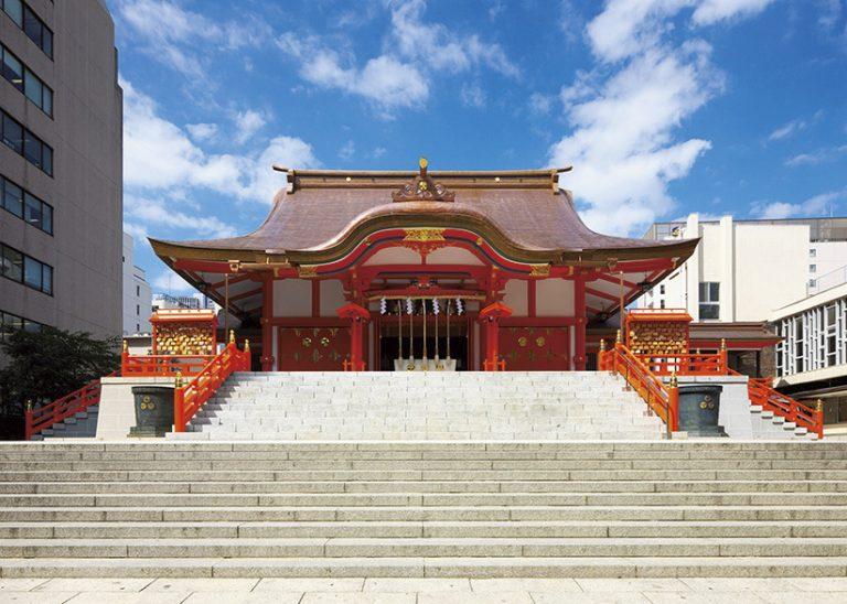 〈花園神社〉/新宿