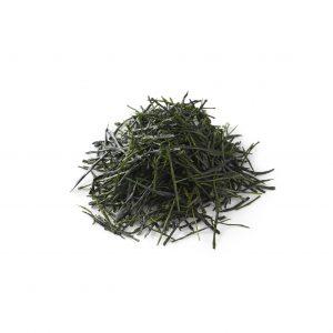 日本最高峰の抹茶「八女茶(やめちゃ)」。甘さとコクのある旨みがショコラの中で心地よく香り立ちます。