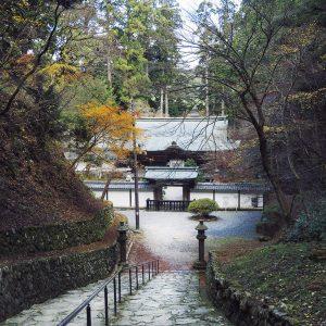 最澄の御廟がある浄土院。