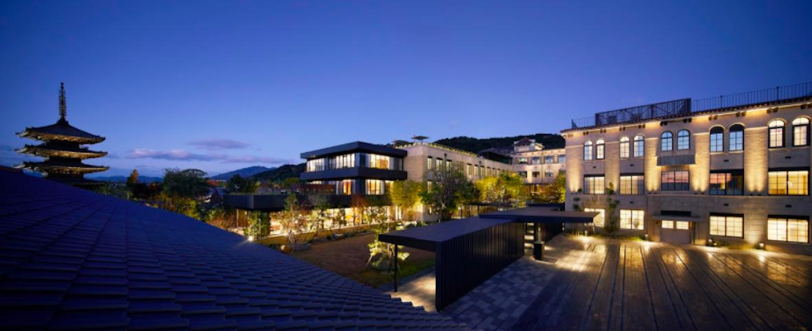 小学校の跡地からラグジュアリーホテルへ。【京都】〈ザ・ホテル青龍 京都清水〉で見逃せないポイントは?
