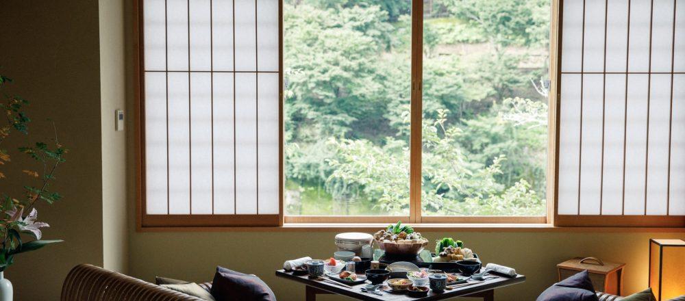 <span>文化豊かな平安時代に思いを馳せる。</span> 憧れ贅沢ステイを叶えるなら。【京都】嵐山〈星のや京都〉で京都文化に触れる特別な体験を。
