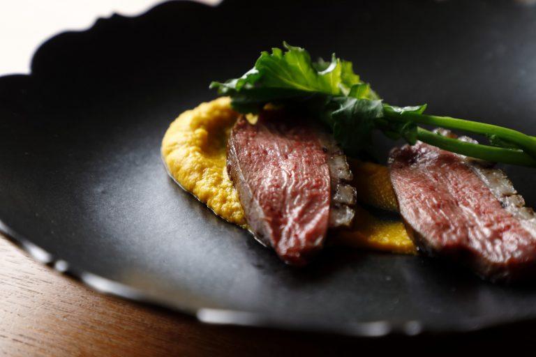 シグネチャーディッシュ以外の料理は季節によって変わります。写真はイメージです。