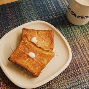 「ブリオッシュ食パン」。