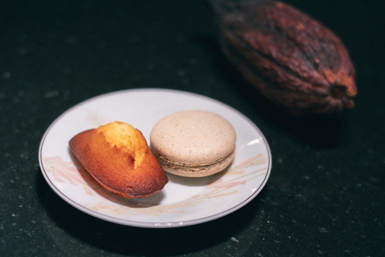 「マドレーヌ・ヴァニーユ」 しっとりふんわり生地のマドレーヌは、マダガスカル産のバニラを使用した風味豊かな一品。