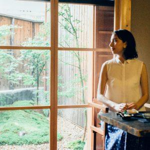 【京都】風情たっぷりの空間が魅力的なカフェ〈aotake〉。お茶とお花で感じる京都の四季。/Alice in Cafeland