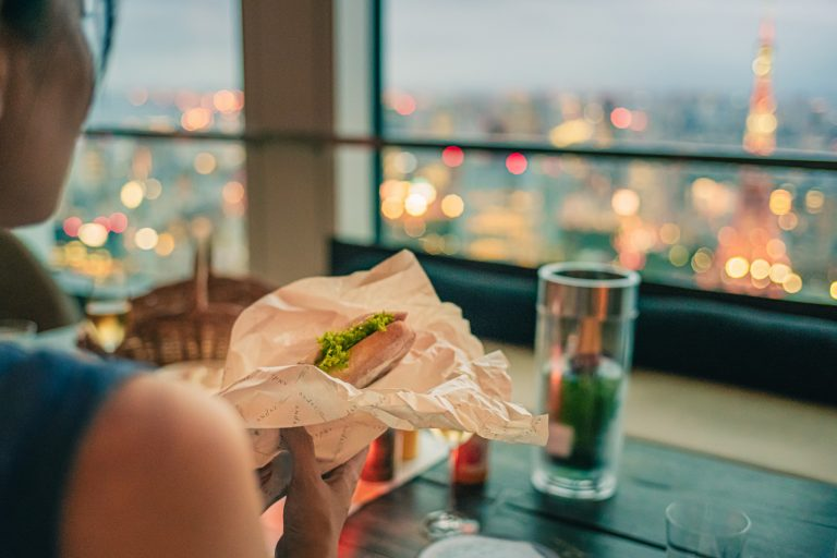 ハムの程よい塩気とチーズのコク、セミハードなバゲッドがシャンパンにとても合う!