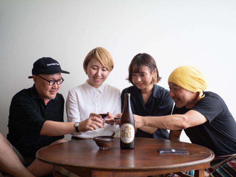 ナツ・サマーさんのプロデューサー・クニモンド瀧口さん(左)も加わって。