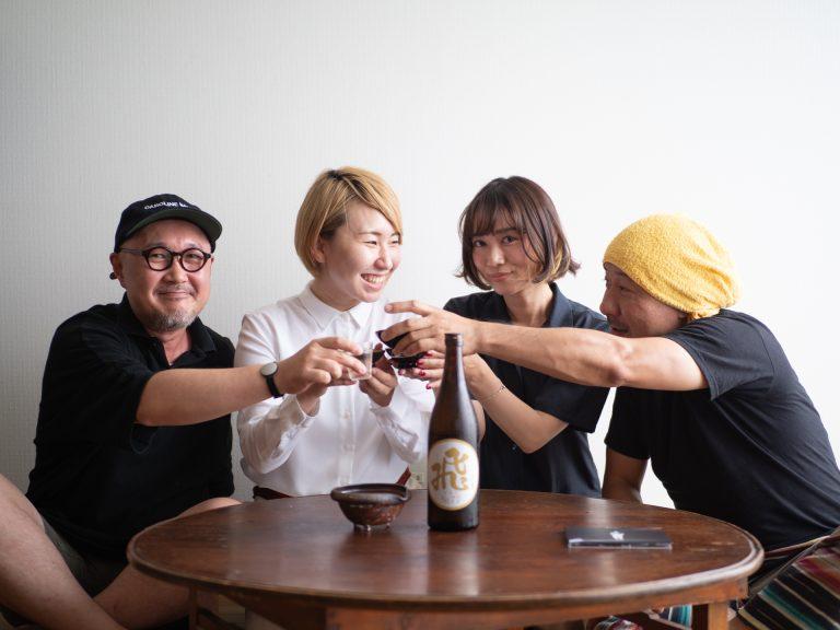 みんなで、乾杯〜! ニューアルバム発売、おめでとうございます!