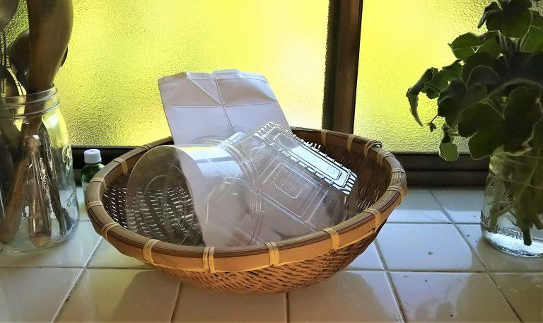 「わが家では、プラパックは洗って完全に乾かします。納豆は、紙包みのものを買うようにしています」