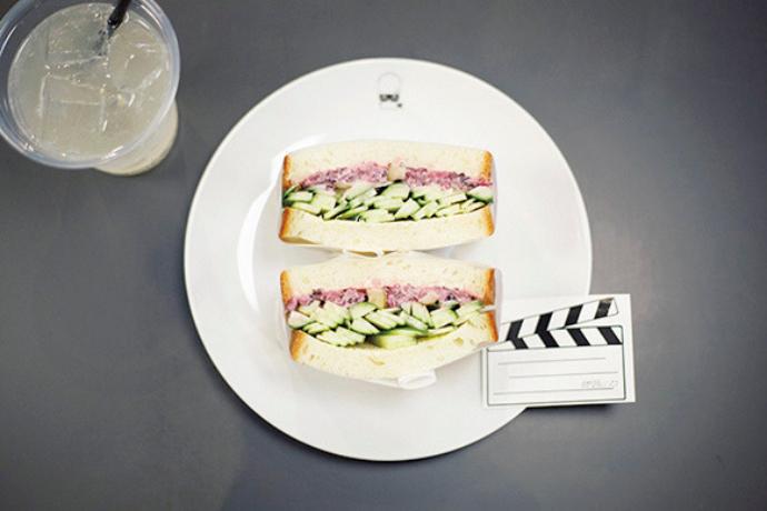 「きゅうり3種サンド」600円。